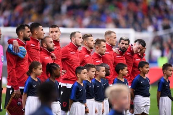 UEFA opent onderzoek naar klucht met volksliederen voor Frankrijk-Albanië