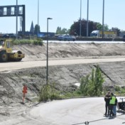 'Werklozen omscholen tot bouwvakkers voor Oosterweelwerken'