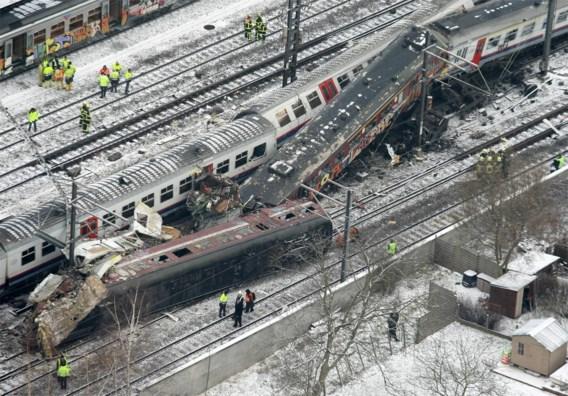 NMBS en Infrabel zwaar onder vuur op proces treinramp Buizingen