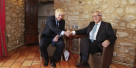 Eerste ontmoeting Juncker en Johnson levert geen witte rook op