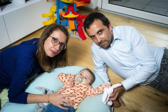 Ouders baby Pia: 'Sms-actie gaat lukken. Dat is zo overweldigend'