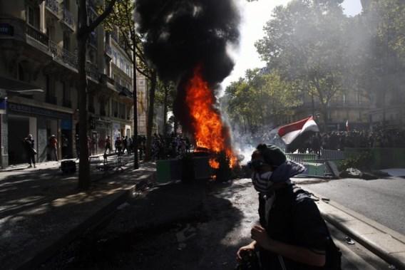 Parijse klimaatbetoging ontaardt in geweld