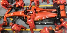 Vettel haalt gram met pitstop