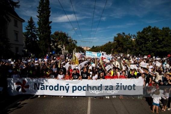 Duizenden Slovaken zeggen 'neen' tegen abortus