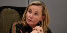 Trage Staatsveiligheid jaagt Homans op stang