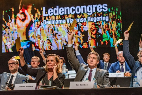 Hoe de N-VA de Vlaamse regering aan de achterban verkocht: 'Vlaanderen wordt een natie'