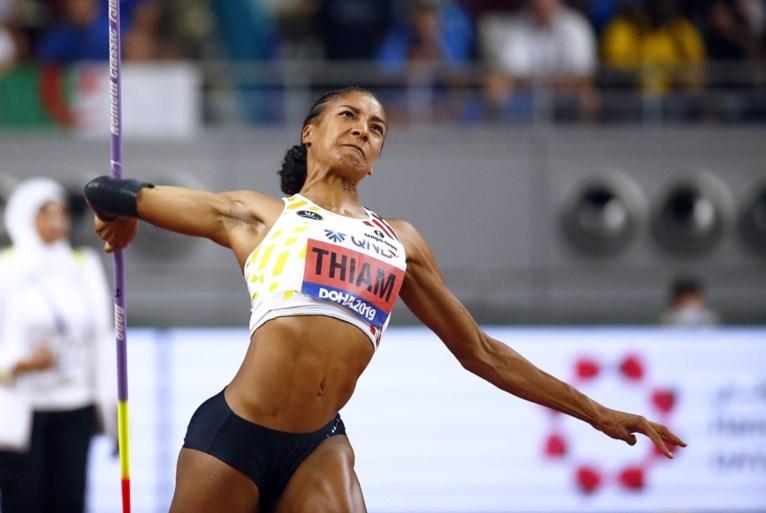 Nafi Thiam verovert zilver op WK atletiek, goud voor grote concurrente Johnson-Thompson