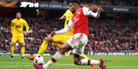 Standard krijgt stevig pak slaag van Arsenal