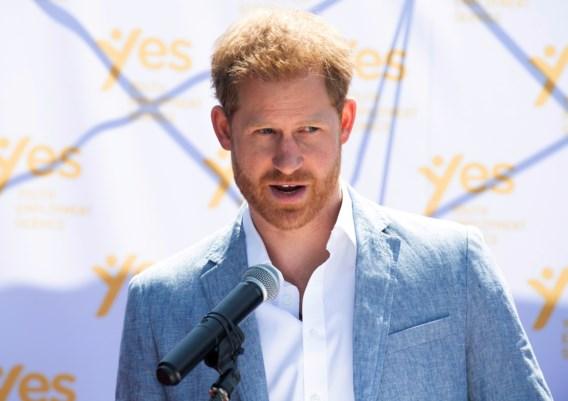 Prins Harry daagt nu ook uitgevers van The Sun en The Daily Mirror voor rechter