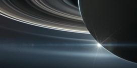 Saturnus klopt Jupiter met aantal manen