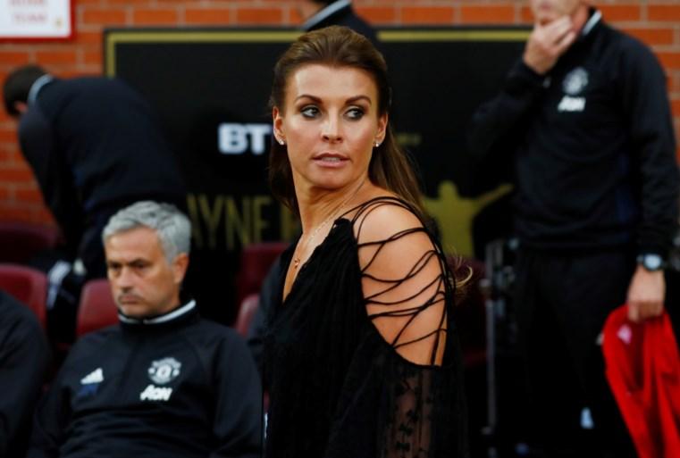 Engeland smult van ruzie tussen voetbalvrouwen