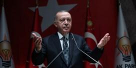 Erdogan: 'Als EU kritiek heeft, stuur ik alle Syrische vluchtelingen door naar Europa'