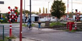 Tien overtredingen in twee uur tijd aan overweg in Diepenbeek