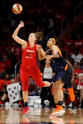 Emma Meesseman, MVP van WNBA-finale, blijft bescheiden: 'Ben gewoon speelster die haar ploeg heeft geholpen'