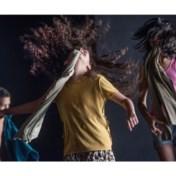 Dansend verzet tegen de uitzichtloosheid