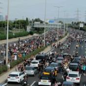 Duizenden betogers trekken door Barcelona: 'Spanje is een dictatuur'
