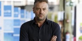 Tom Waes na heisa over foto's op sporen: 'Fout signaal, maar werkwijze Infrabel stoort me'
