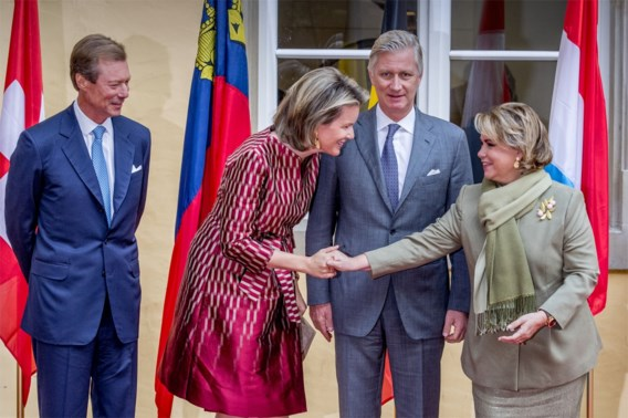 Familie-onderonsje: Henri, Mathilde, Filip en María Teresa.