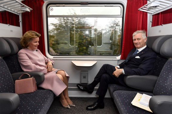 Filip en Mathilde voor het eerst met 'koninklijke' trein op staatsbezoek