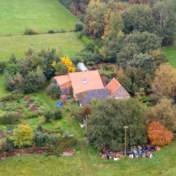 Nederlandse politie onderzoekt relatie tussen opgepakte verdachte en gezin dat jarenlang verborgen leefde