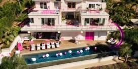 Airbnb stunt met replica van Barbiehuis