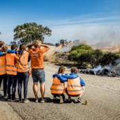 Nederlandse zonneauto die op kop lag in World Solar Challenge compleet verwoest na brand