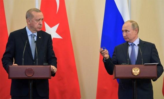 Poetin gunt Erdogan zijn Syrische trofee