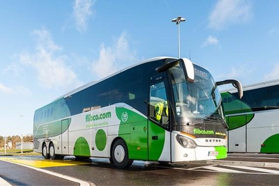 Elektrische bus ingezet tussen Brussel-Zuid en luchthaven Charleroi