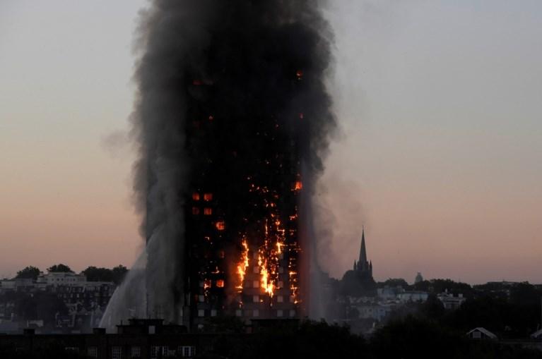 'Londense brandweer maakte grote fouten bij blussen brand Grenfell Tower'
