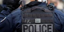 Zeven Parijse politiemensen ontwapend na aanwijzingen van radicalisering