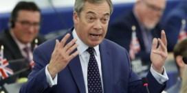 Trump roept Johnson op krachten te bundelen met Farage