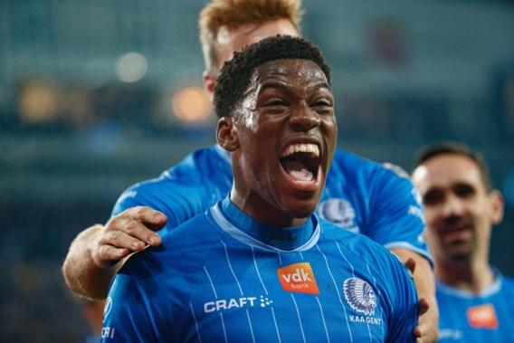 Gent klopt Standard na spectaculaire wedstrijd met twee rode kaarten