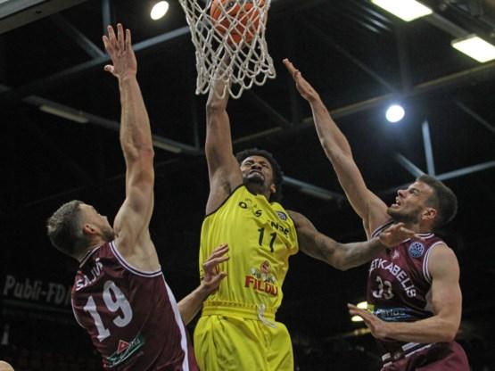 Thompson en Angola stuwen Oostende naar tweede zege in Champions League basketbal