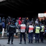 Frankrijk start met ontruiming migrantenkampen Parijs