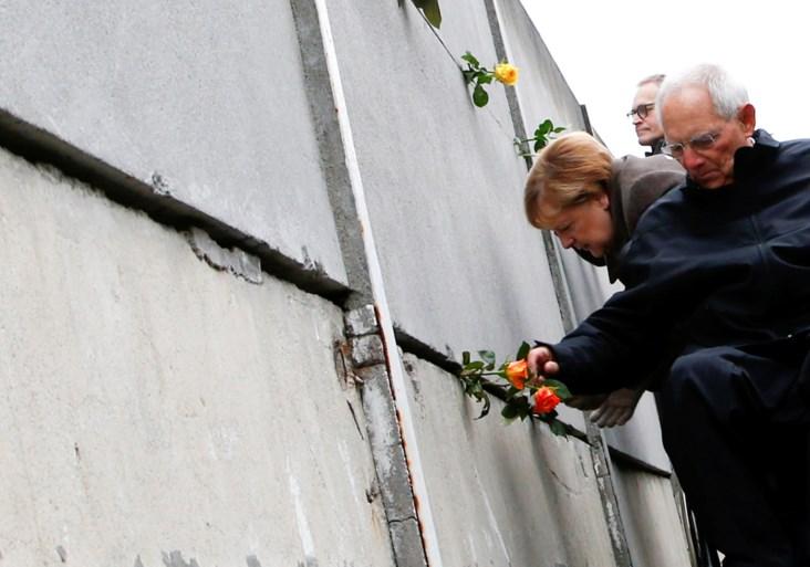 Merkel herdenkt de val van de Muur: 'Vrijheid verdedigen, haat en racisme bestrijden'