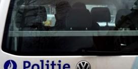 Twaalf vermoedelijke transmigranten uit koelwagen gehaald langs E34