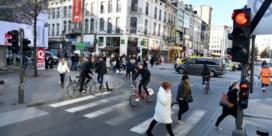 45 fietsers betrapt op negeren van rood licht