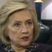Hillary Clinton 'onthutst' dat Boris Johnson onderzoek naar Rusland niet vrijgeeft