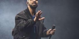 Drake zet verrassingsconcert vroegtijdig stop na boegeroep
