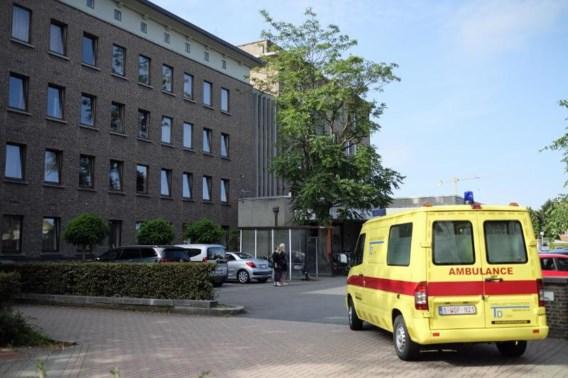 Jonge voetganger kritiek na aanrijding met auto in Stevoort