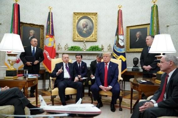 Trump is 'grote fan' van Erdogan, maar twistpunten blijven