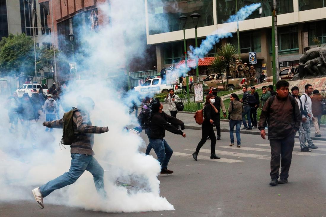 Opnieuw dode bij geweld tussen aanhangers van Morales en politie in Bolivia - De Standaard