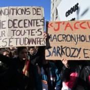 Radeloze Franse student steekt zichzelf in brand
