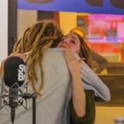 Luisteraar ontroert StuBru-presentatrice met nummer voor overleden zoontje