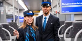 NMBS test nieuwe donkerblauwe uniformen