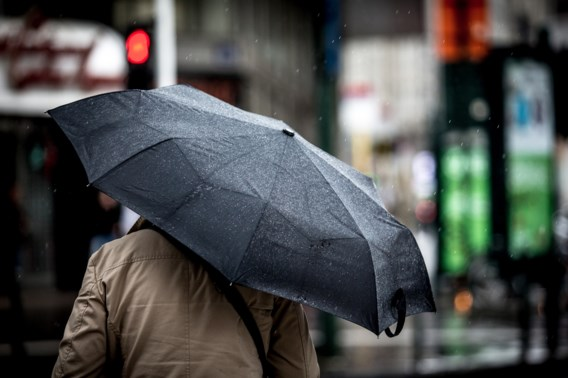 Het blijft regenen