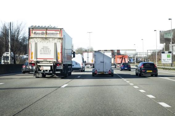 Veiliger en minder frustrerend: straks minimaal 80 km per uur op de autosnelweg?