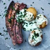 Stegt flaesk (buikspek met aardappels)