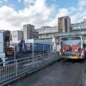 De Lijn zal elektrische bussen opladen op parking van UZA