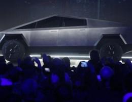 Demonstratie elektrische pick-up van Tesla verloopt niet helemaal volgens plan